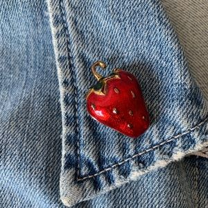 Small Strawberry Brooch